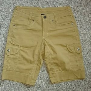 Kuhl hiking outdoor shorts 10 in. inseam size 2